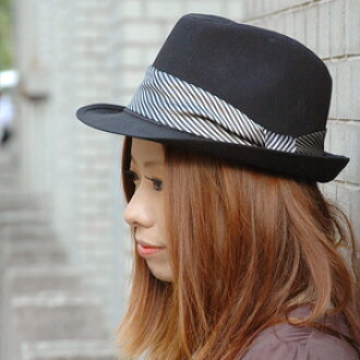 The cool soft felt hat hat which fits in in this term of the mannish whirlwind! The satin stripe ribbon such as the tie is cool! The structure that the core was in well though it is an affordable price is hat ◆ stripe tie ribbon soft felt hat hat of the