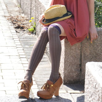 Knee high socks put the emphasis switched in mouth put on vivid color vertical lines it ◎ like thick rib stripe on leg length effects also great expectations! And foot wear and long socks ◆ バイカラーストライプニーハイ socks