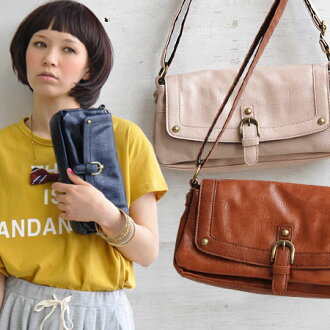 Sculpt with enough space, you can shoulder bag. Shoulder strap stash the bag even diagonal / women / bags / seat / leather also ◆ Pochette ディーノレクタングルフ wrap the crocodile leather.