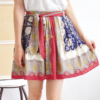 To the person who wants to enjoy an unusual whole pattern skirt. The scarf pattern miniskirt with the ribbon belt of the cloth. Loire panel scarf print flared skirt with the ◎ / waist rubber / mini-length ◆ waist ribbon refined smooth rayon cloth