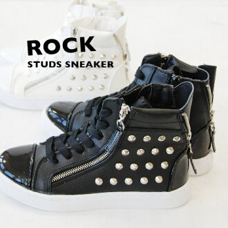 It is ROCK MIX from the step! !Brightness of luster and studs of the enamel…I get rather heavy bread quiche fake leather sneakers with hardware quickly! / triple zip / fastener / Lady's / shoes / shoes ◆ ROCK studs enamel higher frequency elimination sne