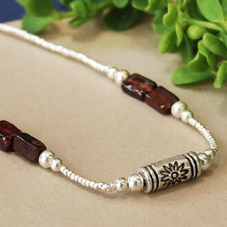 """Cute stone wine colors like silver beads, such as floral tube and carrots! A unique matte silver beads classy texture and natural stone breath ◆ silver Bead Bracelet [skeagrapecandy], """"products at outlet prices."""