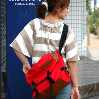 The grosgrain nylon shoulder bag which is strong in the big is sure to get that it is cute, and the pop color nails the eyes of all to all in addition to extreme popularity ♪ usability regardless of sex! ◆anello (アネロ): Climbing large messenger bag