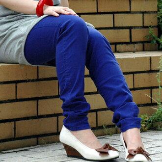 Of leggings and the color underwear let be, and take a cousin! ビビッドカラーでスキニー感覚で穿けるデニムスパッツ◎薄手の綿素材でごわつかないレギンスがWEARS INC.から登場◆w closet: Color denim underwear spats