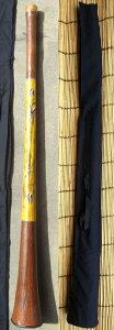 【ファイバーグラス ディジュリドゥー〜ウッディーモデル/点描画〜E(01)/ケース付き】〈管楽器 民族楽器 オーストラリア アボリジニ ファイバーディジュ 大音量〉