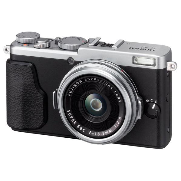 【送料無料】富士フイルム デジタルカメラ X70 シルバー F X70-S [FX70S]【RNH】