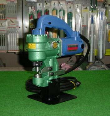 亀倉精機 RW-M1 超軽量油圧式ポートパンチャー 新品