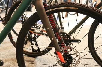 【店舗受け渡し限定商品】【2019年】FUJI(フジ)JARI1.5(ジャリ1.5)【丸太町店(スポーツ専門)取り扱い】ロードバイク