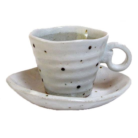 コーヒーカップ&ソーサー 白粉引 水玉碗皿プレゼント 土の手触りにホッ!!