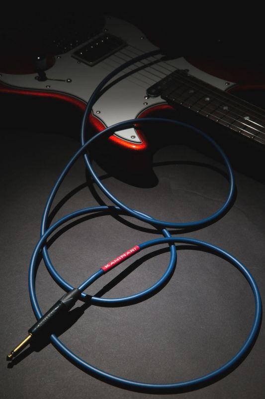 KAMINARI GUITARS Electric Guitar Cable K-GC5LS【5メートル S/L】 【ギターケーブル/シールド】【神鳴・カミナリ】