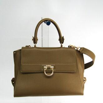 Salvatore Ferragamo (Salvatore Ferragamo) ガンチーニソフィア 21 E530 Lady's leather baguette bag beige brown