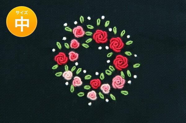 手刺繍【フラワーリース】巾着バッグ(中)・お着替え入れ・入園入学お受験にお受験バッグのエレガンテ・ポポ