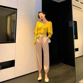 レディース 韓国ファッション 上下セット Vネック ブラウス アンクルパンツ 半端丈 セットアップ オフコーデ OFF 大人可愛い 上品 ホワイト×ブルー イエロー×ベージュ S M L XL サイズ
