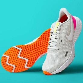 送料無料 ランニングシューズ ナイキ NIKE レディース レボリューション 5 ランニング ジョギング マラソン 運動靴 スニーカー シューズ 初心者 トレーニング REVOLUTION グレー 灰 BQ3207 20%OFF