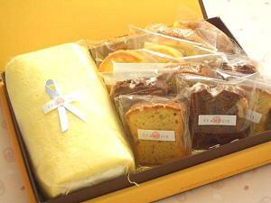 送料無料 シフォンロールと焼き菓子詰め合わせ ロールケーキ【送料込み】【スイーツ】【デザート】【菓子】【内祝い】【贈り物】【楽ギフ_包装】【楽ギフ_のし宛書】父の日特集2021