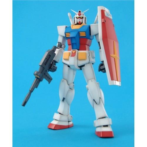 【送料無料】MG 1/100 RX-78-2 ガンダム Ver.2.0