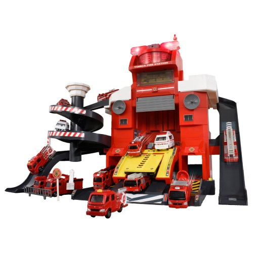 【送料無料】トミカタウン 無線でピピッと出動指令! 変形ファイヤーステーション おもちゃ こども 子供 男の子 ミニカー 車 くるま 3歳