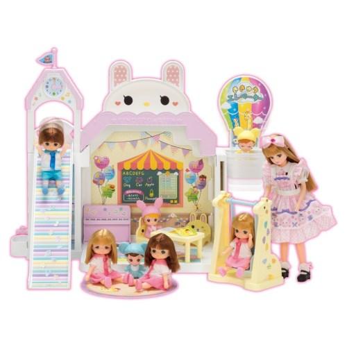 リカちゃん ながーいすべりだい ニコニコようちえん おもちゃ こども 子供 女の子 人形遊び ハウス 3歳