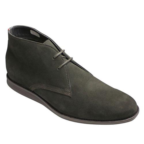 【REGAL(リーガル)】ロングノーズのスエード製チャッカーブーツ・67JR(ダークブラウンスエード)/メンズ 靴
