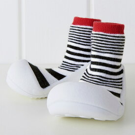 Baby Feet ベビーフィート Urban-red アーバン レッド〜スタイリッシュなBabyFeet(ベビーフィート)アーバン・シリーズ!ベビーフィートは生体力学研究に基づき作られたベビーシューズです。