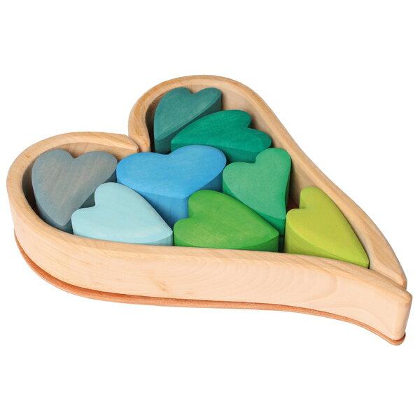 Grimm's Spiel & Holz Design グリムス社 ハートの積木 ブルー 10P〜ドイツ、グリムス社の花びらのようなハートモチーフの可愛らしい積み木。バランスゲームを楽しんだり、パズル遊びも楽しめます!