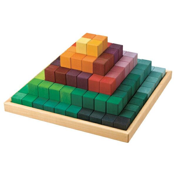 Grimm's Spiel & Holz Design グリムス社 にじのステップブロック 100P〜ドイツ、グリムス社の色彩と基尺が整ったブロック積み木。規則な5種類の長さでセットになっています。