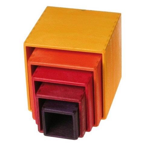 Grimm's Spiel & Holz Design グリムス社 スタッキングボックス レッド 小〜ドイツ・グリムス社の赤ちゃんのおもちゃとしても人気の入れ子遊びの木のおもちゃです。