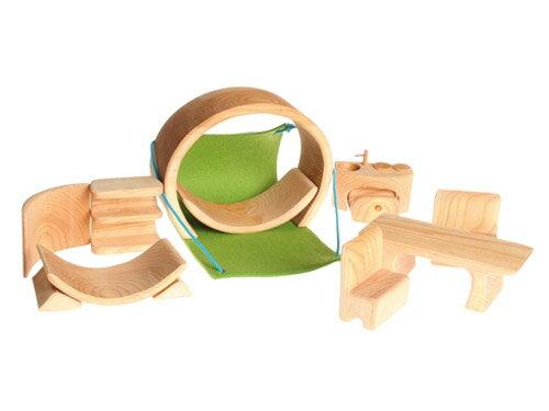 Grimm's Spiel & Holz Design グリムス社 スマートハウス 積み木のドールハウス ナチュラル〜ドイツ・グリムス社の創造性を育む積み木のドールハウス。想像力を働かせ、自由な発想で遊べるシュタイナーの木のおもちゃです。