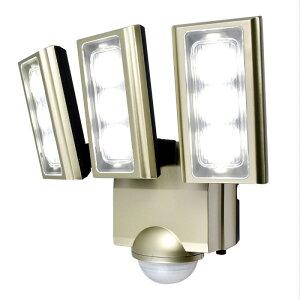 ESL-ST1203AC_1958700_屋外用LEDセンサーライト AC電源 コンセント式 3灯_ELPA(エルパ・朝日電器)