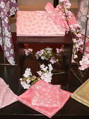 70きらら桜(ピンク/クリーム)ポリエステルふろしき(70cm)イメージ画像
