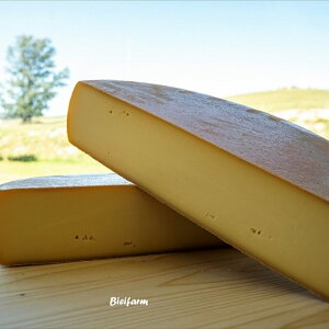 【ふるさと納税】美瑛放牧酪農場 ラクレットチーズ クオーターサイズ[030-53]