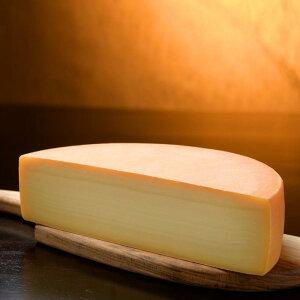 【ふるさと納税】とかち「ラクレットチーズモールウォッシュ(ハーフカット)」