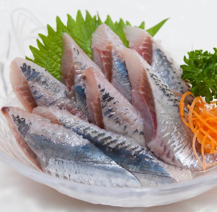 【ふるさと納税】北海道産「刺身さんま」と「刺身いわし」のセット【各半身12枚入り×2=48枚】