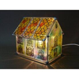 【ふるさと納税】かわいい家型ステンドグラス・ランプ「猫のアパルトマン」【1213878】