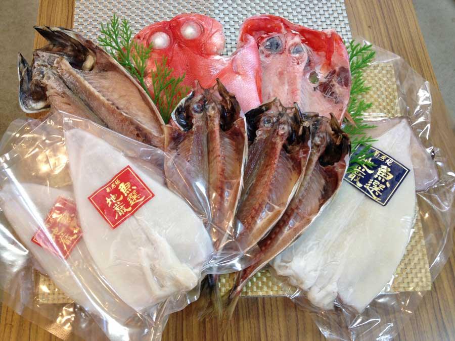 5651-0343【ふるさと納税】地魚極選ひものセット