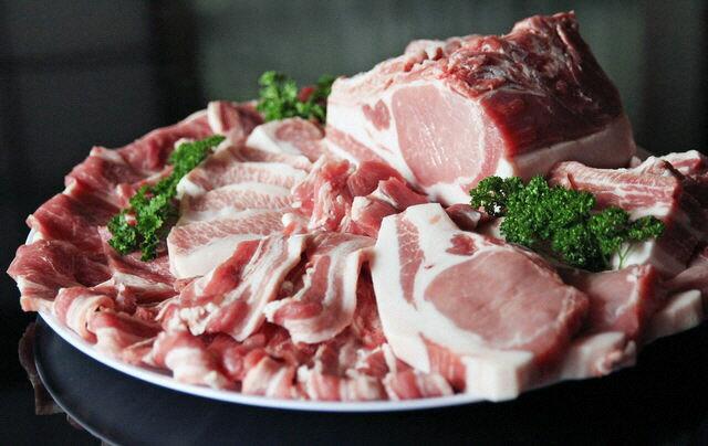 【ふるさと納税】【特選】国産牛・富士ヶ嶺豚の焼肉セット