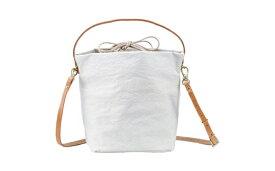 【ふるさと納税】豊岡鞄 TUTUMU cube (S2700 24-175)キナリ/ カバン かばん ショルダーバッグ