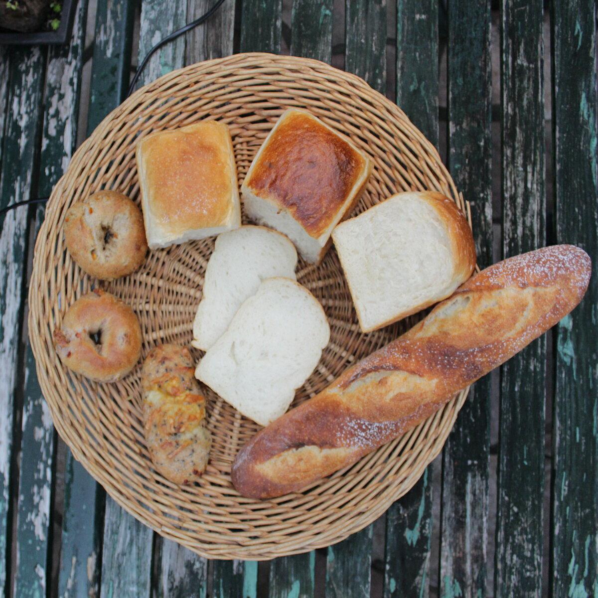 【ふるさと納税】天然酵母の石窯焼きパン(食パン食べ比べセット)