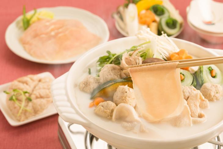 【ふるさと納税】【奈良県産】飛鳥鍋セット 大和肉鶏 計750g(つみれ含む) ◆スープ付き