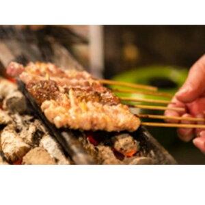 【ふるさと納税】広島熟成どり 広島県産皮串 50本(生肉冷凍) 【肉/鶏肉/焼き鳥・焼鳥・かわ】