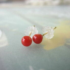 【ふるさと納税】高知産 天然赤珊瑚の丸玉ピアス