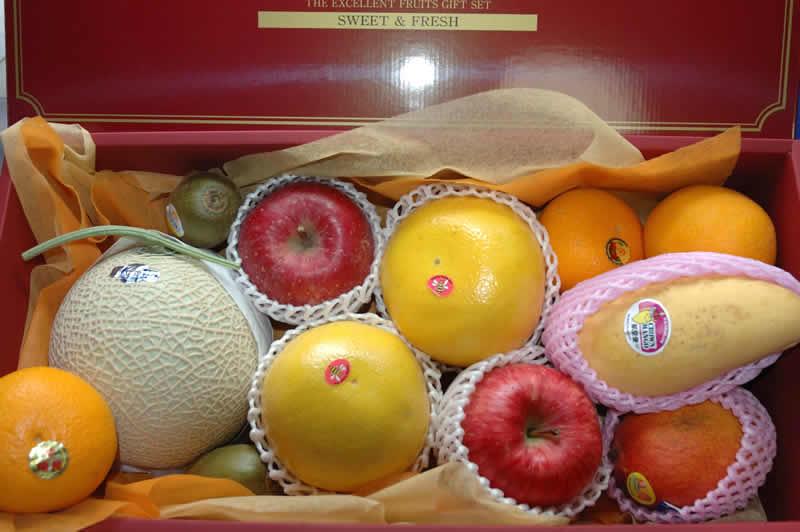 【10%OFFクーポン対象】送料無料 季節の厳選果物フルーツギフト 10000 御供え お供え