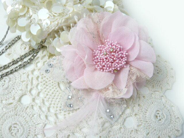 コサージュ&ヘアクリップ2WAY ラインストーンが決め手やわらかシフォンのピンク 造花・フォーマル
