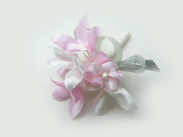 造花・胸花 可憐なブバリアのコサージュ 白&ピンク R 卒業式・入学式・卒園式・入園式