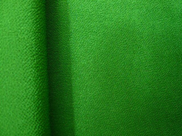 ちりめん 生地 一越 無地 緑118 10cm 【髪飾りやつまみ細工に】 レーヨン 縮緬 はぎれ 和布