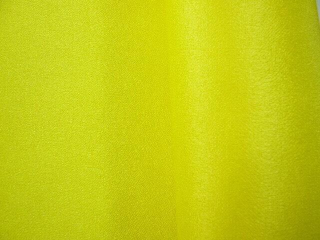 ちりめん 生地 一越 無地 黄色29 10cm 【髪飾りやつまみ細工に】 レーヨン 縮緬 はぎれ 和布