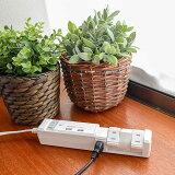 TAPKING_USB(タップキングUSB)は4個のAC差込口がクルッと回転する便利でおしゃれな電源タップ