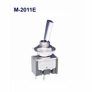 在庫品 NKKスイッチズ M-2011E 電流容量6A125VAC 単極 機能動作<ONーOFF>日本開閉器 フラットレバー形トグルスイッチはんだ端子形日本開閉器