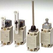 在庫品 オムロン D4B-2A15N セーフティ・リミットスイッチ 可変ロッド・レバー形2回路