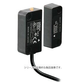 オムロン D40A-1C2 非接触式ドアスイッチ ケーブル長2m 補助出力PNPオープンコレクタ半導体出力 LED表示 アクチュエータ非検知(赤色)・アクチュエータ検知(黄色)